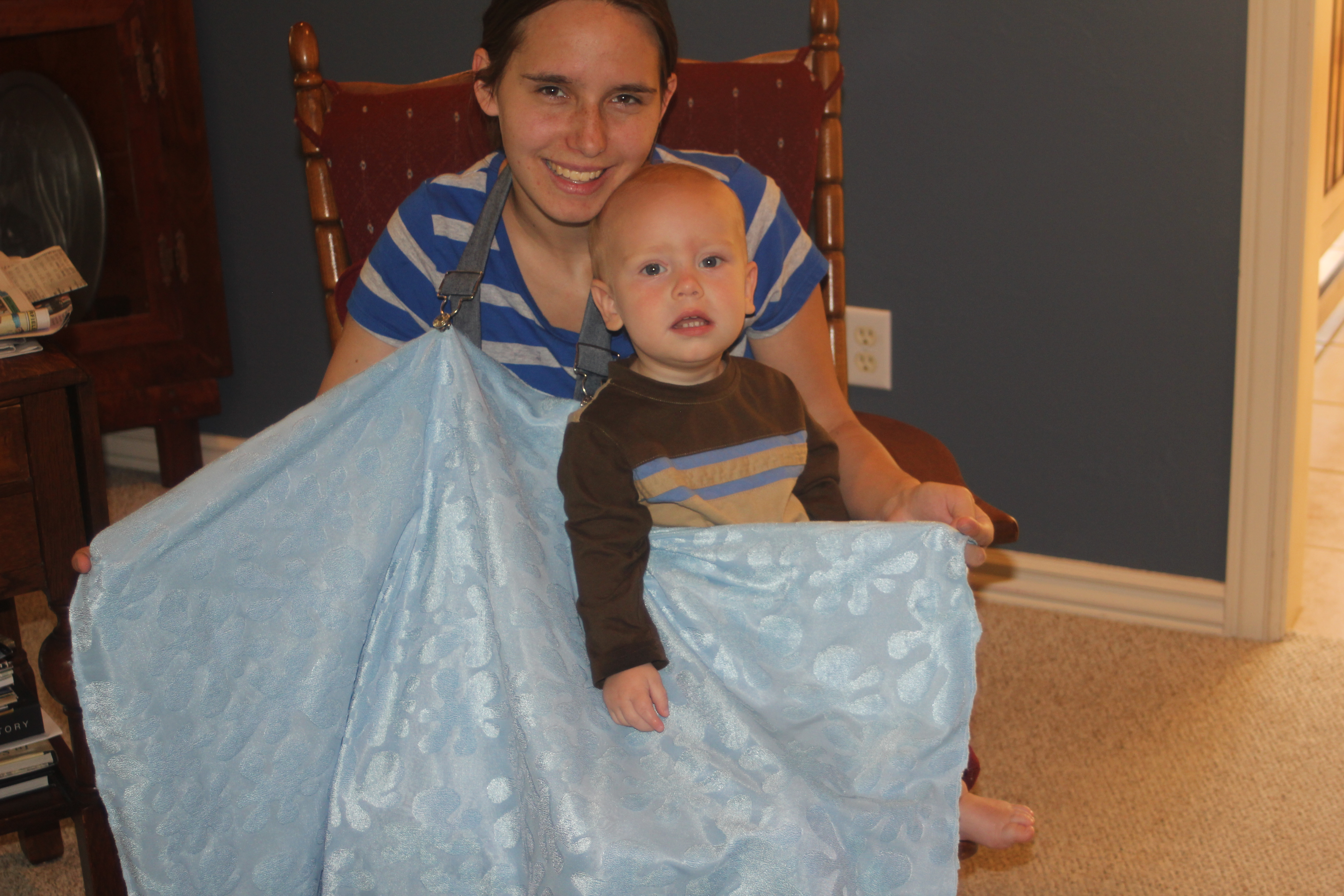Our Homemade Breastfeeding Cover: Going from Uncovered to Covered